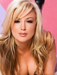 Kayden kross is sinfully hot