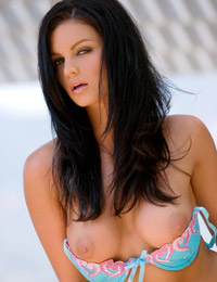 Kimberley rogers flashes her breasts