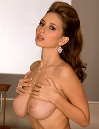 Shay laren flat on her